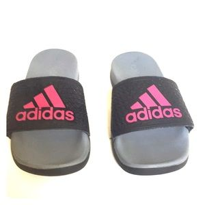 Adidas size 1 Little Girl gray and pink slippers